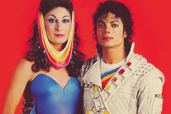 Anjelica Houston és Michael Jackson a Captain EO forgatásán